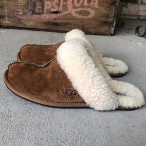 Ugg Scuffette Slippers Size 9